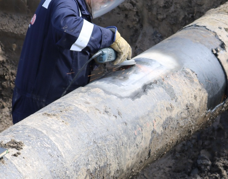 grinding 7 bar pipe